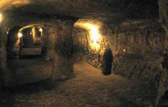 Underground cities and networks around the World