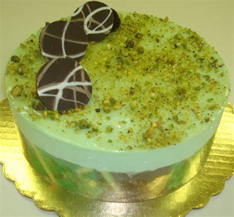 Chocolate And Pistachio Mousse Cakes Recipe ? Dishmaps