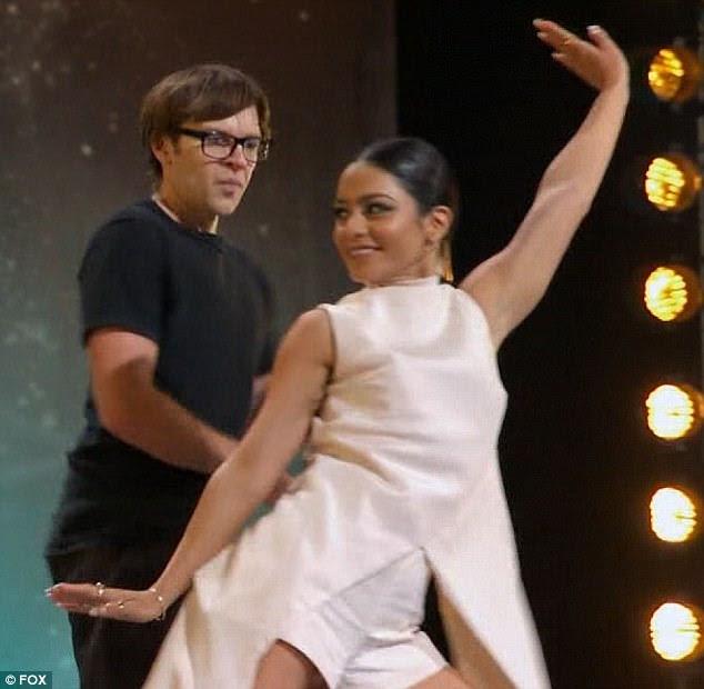 Movimentos lisos: The Grease: Live star levou ao palco e mostrou seus próprios movimentos de dança