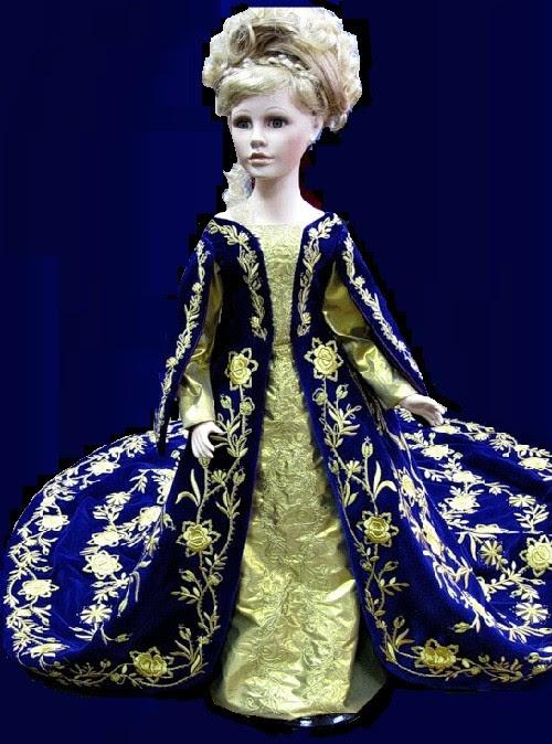 Réduction de copie de la robe de Catherine la Grande.  Torzhok broderies d'or