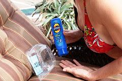 ryan-getting-sunscreen