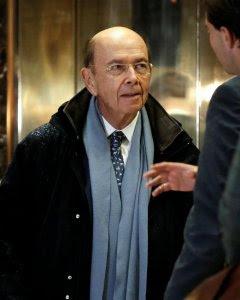 El inversor multimillonario Wilbur Ross en la  Trump Tower para reunirse con el presidente electo de EEUU Donald Trump. REUTERS/Mike Segar