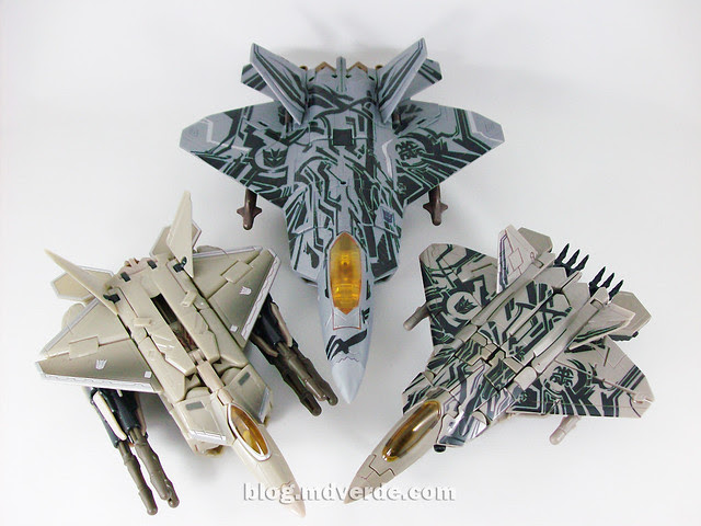 Transformers Starscream HftD Leader Class - modo alterno vs otros Starscream Movie