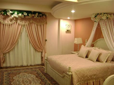 Michelle Clunie: How Will Decorate To Bedroom For Groom