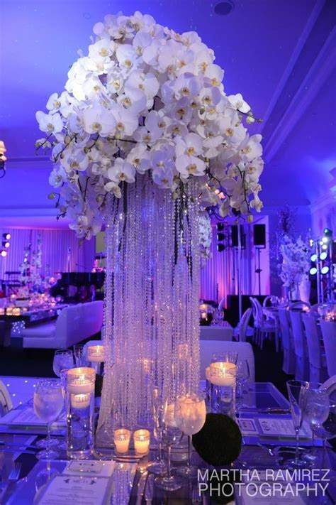 Cascading Crystal Centerpiece » Dream Design Lighting