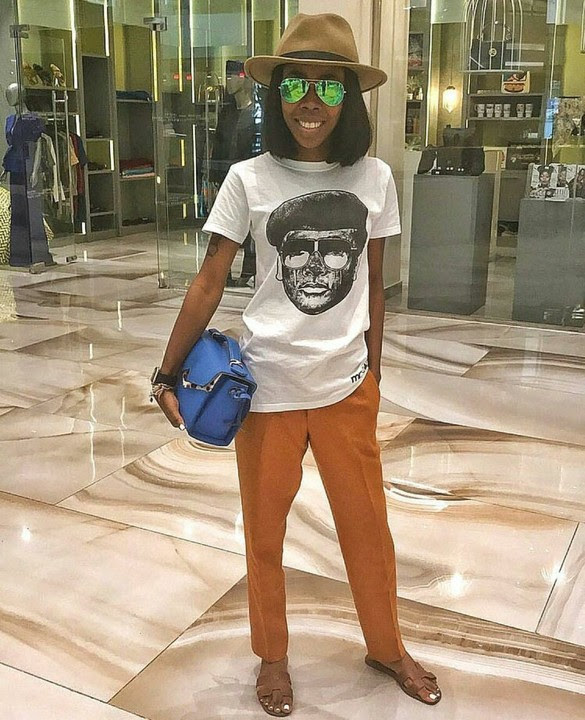 Nigerian Lady Trends For Rocking T-shirt With Image Of General Sani Abacha