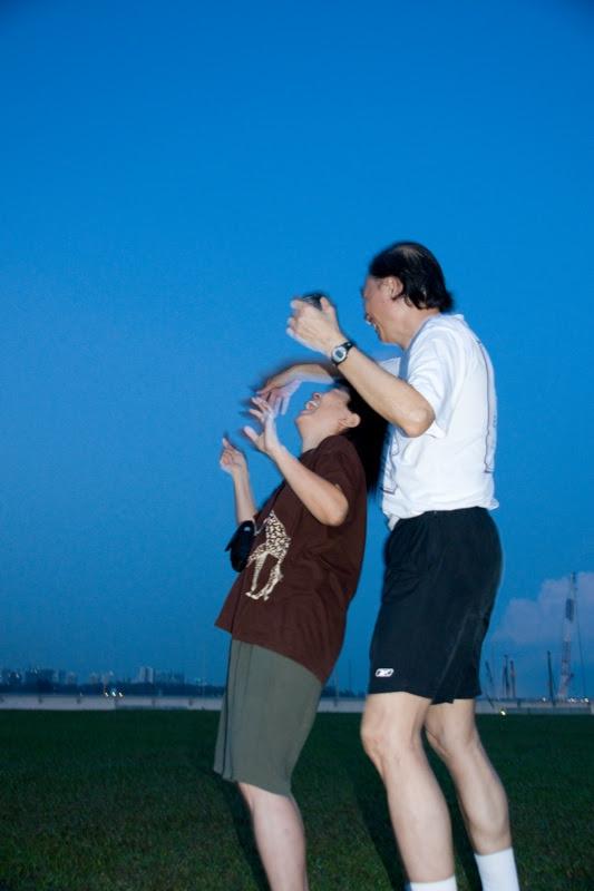 yw-go fly kite-marina barrage-090824-0070.jpg