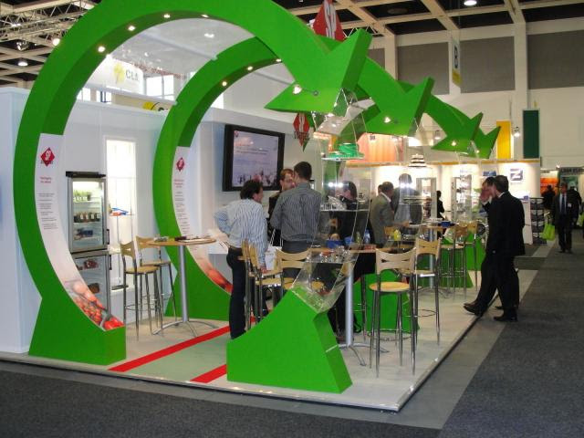 15 Trade Show Display Booth Engagement Ideas To Get More Visitors