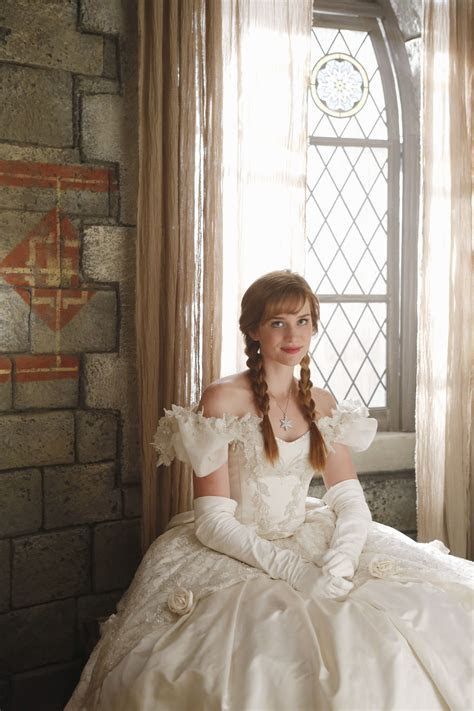 Anna in her mother's wedding dress   Once Upon A Time