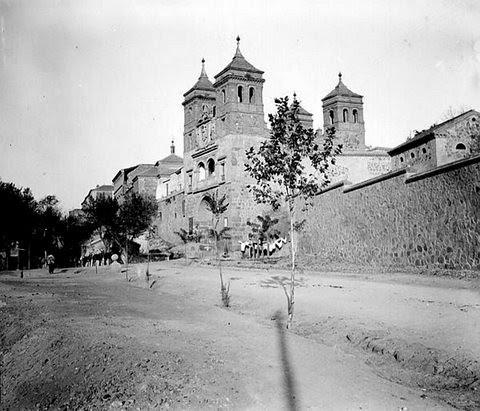 Puerta del Cambrón, Toledo (España) en 1907. Foto Petit
