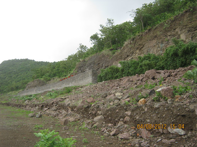 Cut, Demolished & Destroyed Hill of XRBIA Hinjewadi Pune - Nere Dattawadi, on Marunji Road, approx 7 kms from KPIT Cummins at Hinjewadi IT Park - 117