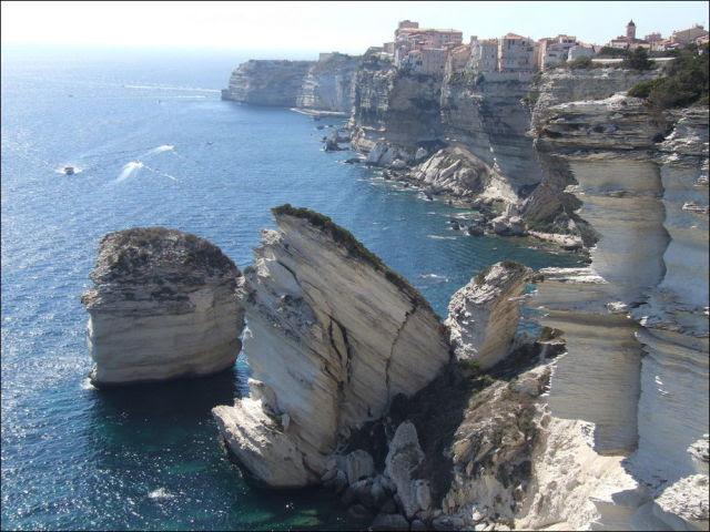Sheer Cliff Living