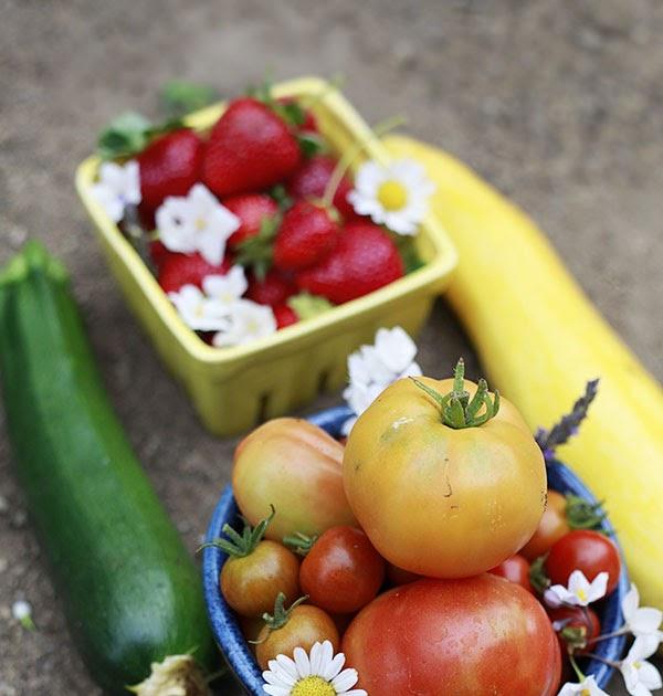 The Yummy Mummy Kitchen Cookbook: The Yummy Mummy Kitchen Garden