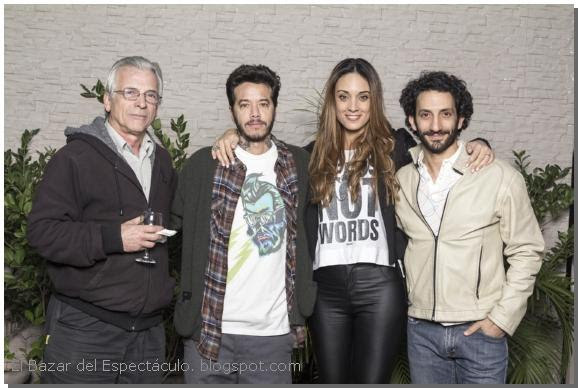 Sebastián Ortega junto a Martina Guzmán, Juan Minujín y Gerardo Romano.jpg