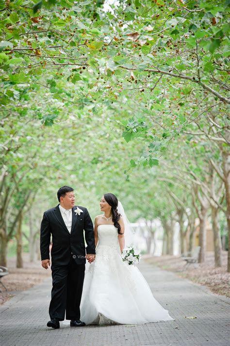 Wedding Ceremony at Bicentennial Park   Lake Belvedere