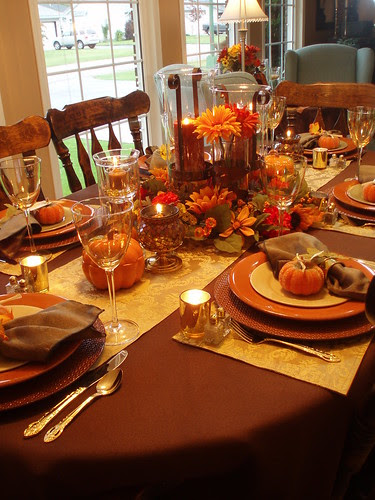 Dining delight thanksgiving preparations - Thanksgiving dinner table decorations ...