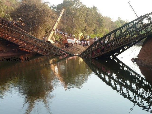 JoeGoaUk's Point of View: Bridge collapsed with 5 loaded ...