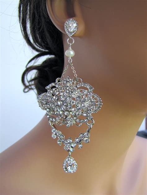 Best 25  Bridal chandelier earrings ideas on Pinterest