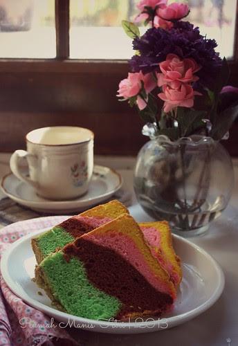 Rainbow Chiffon Cake by Fitri D. // Rumah Manis