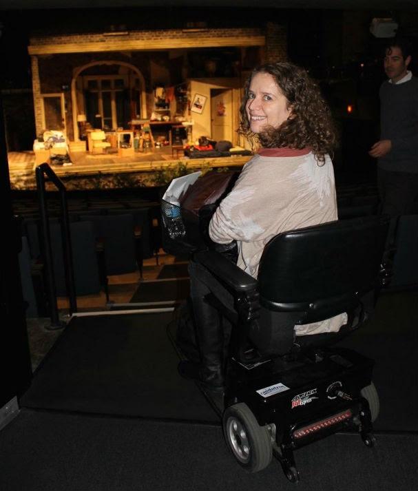 Mila Guedes no teatro, em Chicago (EUA) (Foto: Arquivo pessoal)