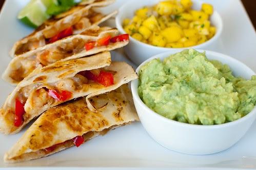 Pink parsley ppq gulf coast shrimp quesadillas for Ideas para cenar rapido y facil