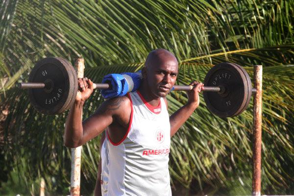 O atacante Itamar fez gol contra o Baraúnas pelo Campeonato Potiguar e ganhou a vaga no time