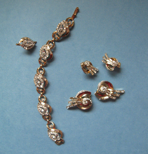 Costume jewelry sets
