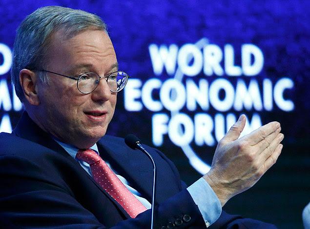 Eric Schmidt, diretor-executivo do Google, durante painel do Fórum Econômico Mundial em Davos, na Suíça