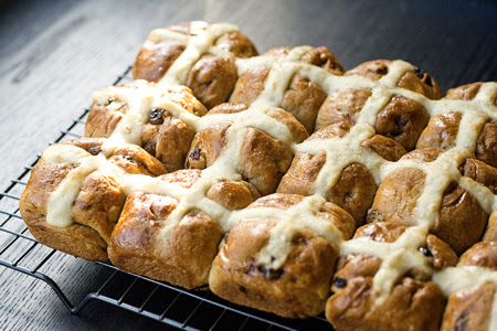 Hot Cross Buns (6)
