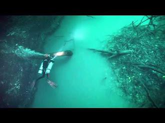 Así es el misterioso río bajo península de Yucatán