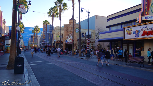 Disneyland Resort, Disney California Adventure, HollywoodLand, Radiator Springs Racers, FastPass, Fast Pass