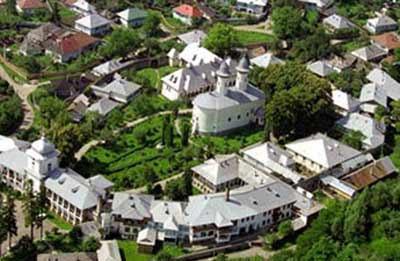 68100_manastirea-varatec-co