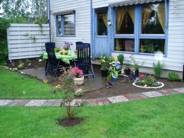 Los elementos de un jard n el mejor camino para tu jard n - Losas para jardin ...