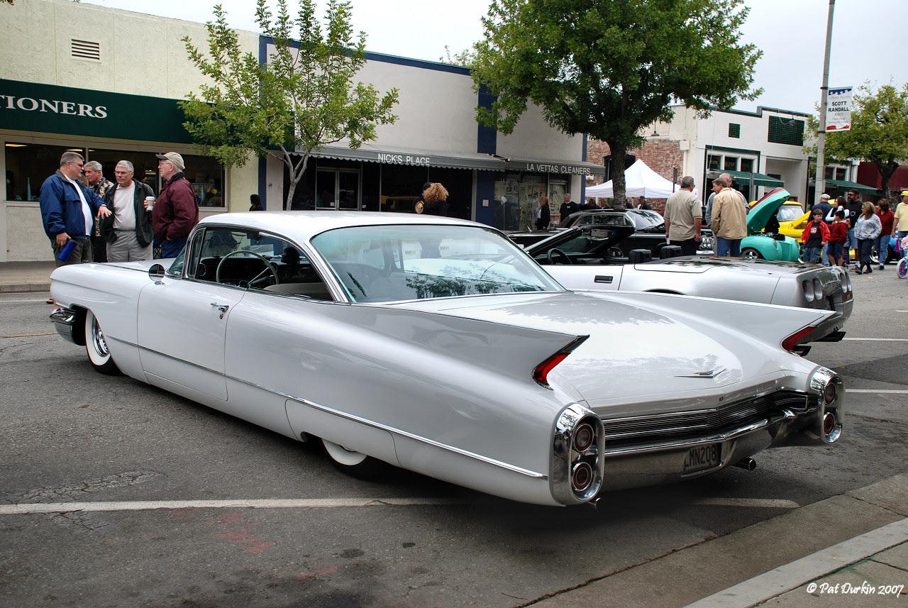 1960 Cadillac DeVille - Information and photos - MOMENTcar