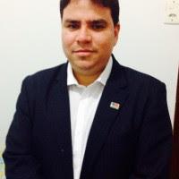 Advogado André Farias Pereira