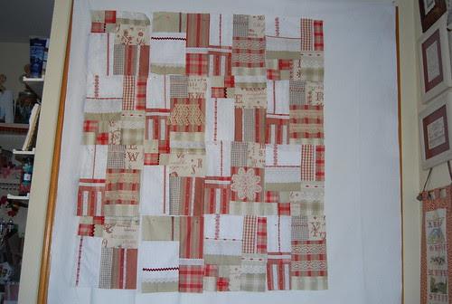 Quilt Rojos , cintas y puntillas