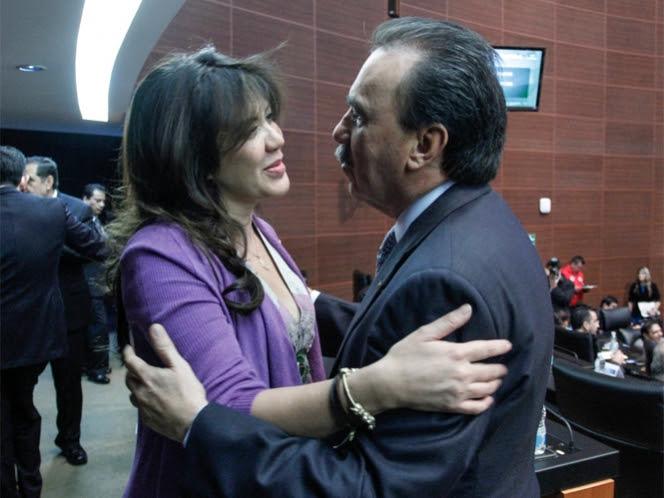 Una familia en problemas; implican a hijas de Elba Esther Gordillo