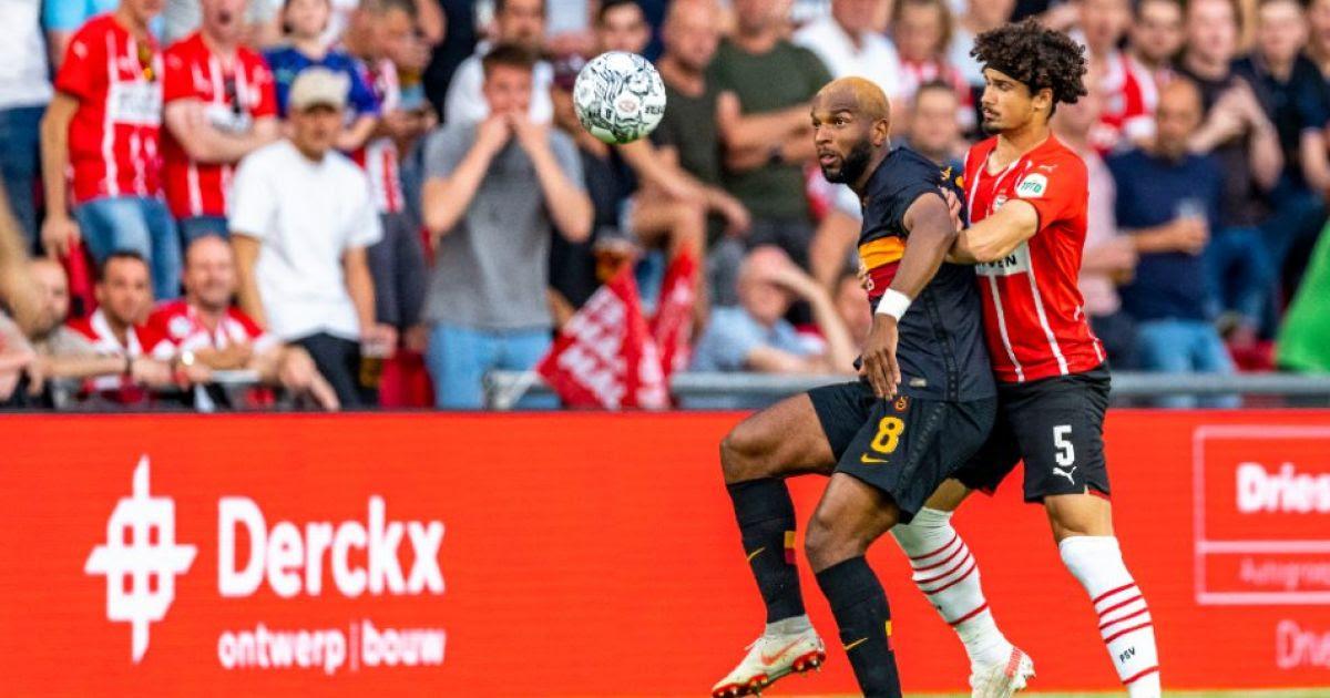 Huntelaar reageert met knipoog op Babel-post na zware nederlaag tegen PSV
