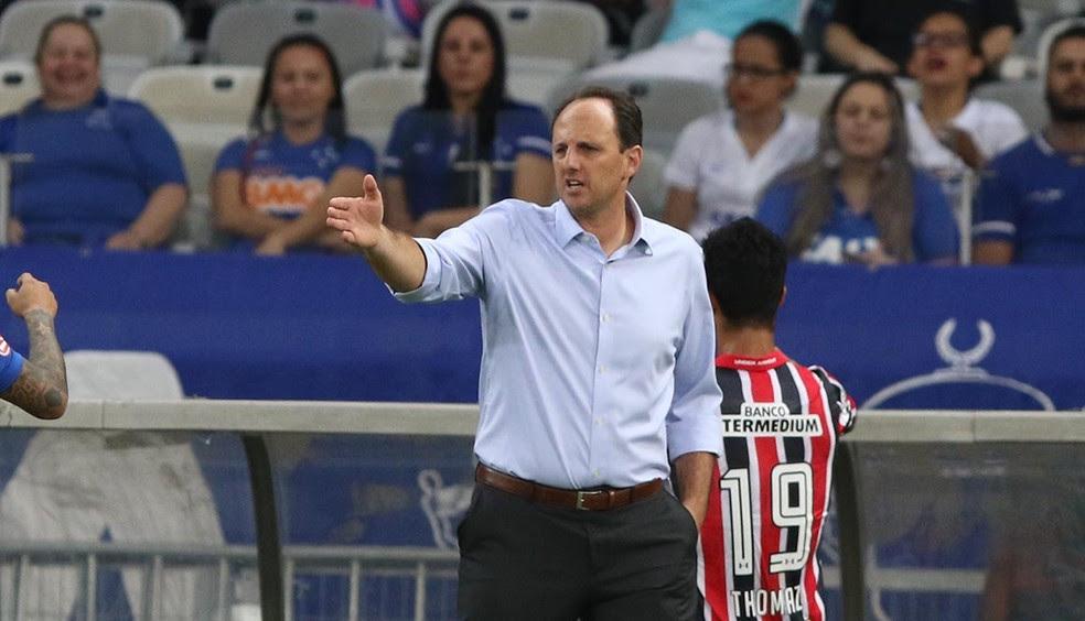 Rogério Ceni, técnico do São Paulo, chama de