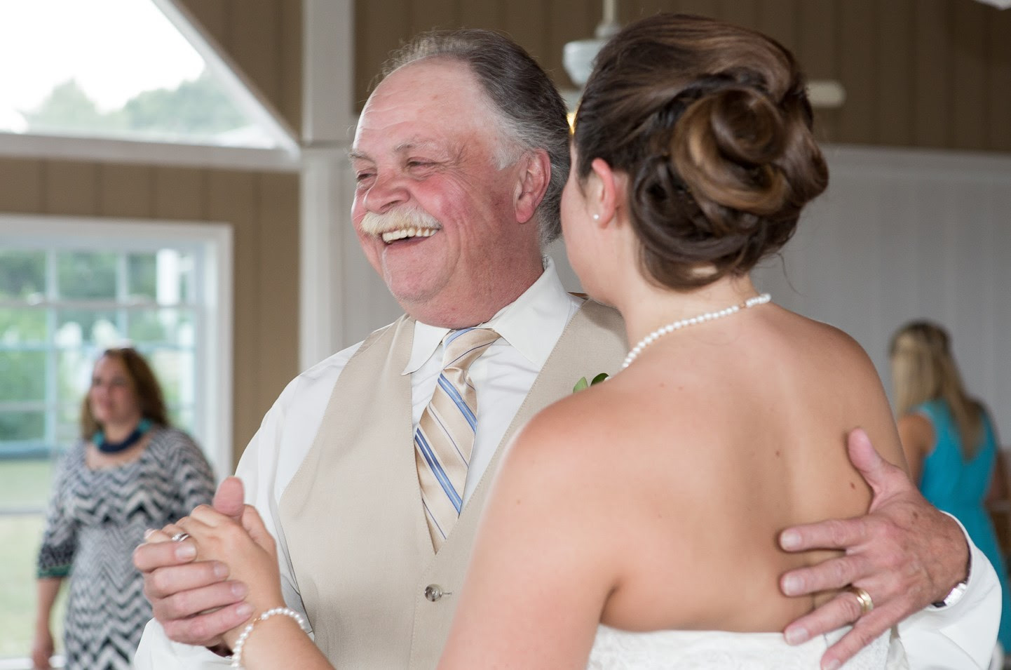 How To Have A Father Daughter Dance With A Dad Who Doesnt Dance