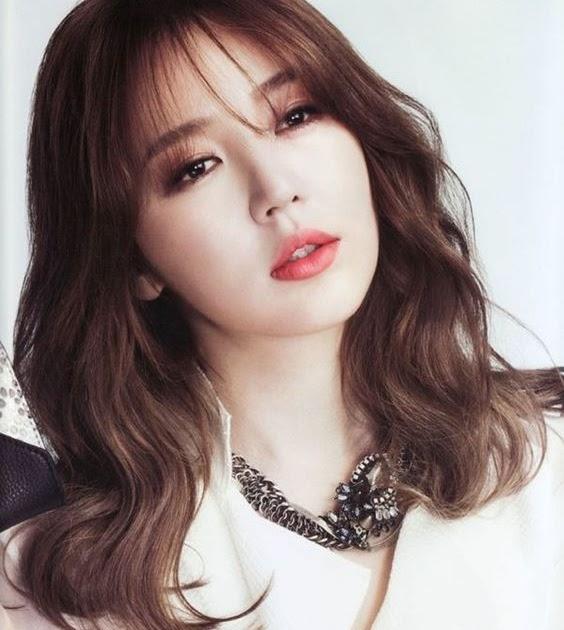 75+ Model Rambut Panjang Wanita Korea Untuk Wajah Bulat ...