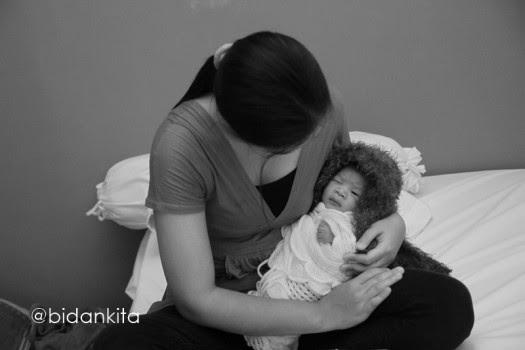 """dan semakin mendalami tentang Gentle Birth dan menjadi praktisinya membuat saya bercita MELAHIRKAN TANPA BANTUAN  """"UNASSISTENED BIRTH"""""""