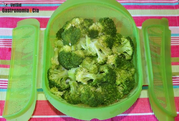 El gourmet urbano comidasaludable c mo hacer br coli al vapor en el microondas - Como cocinar al vapor en microondas ...