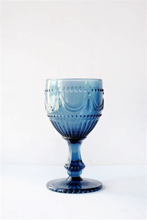 Blue glassware hire   Pretty Pedestals Sydney