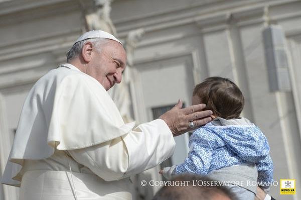 """Audience générale : """"Notre dignité d'enfant de Dieu dépend de l'amour gratuit du Père"""""""