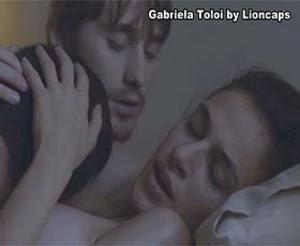 Gabriela Toloi nua na serie Psi