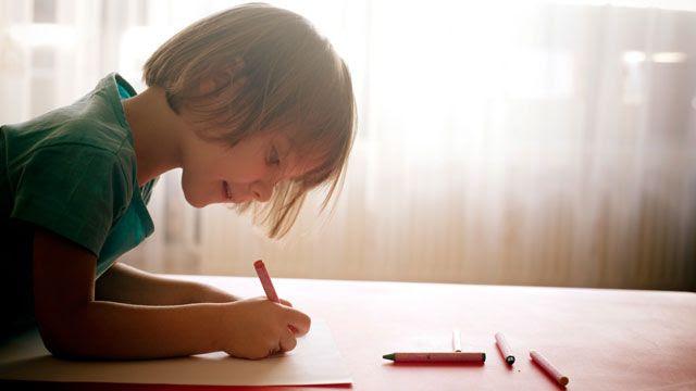 «Man kann ein Kind nicht zu einem Genie machen», sagt Forscherin Elsbeth Stern. Foto: Marie Docher (Plainpicture)