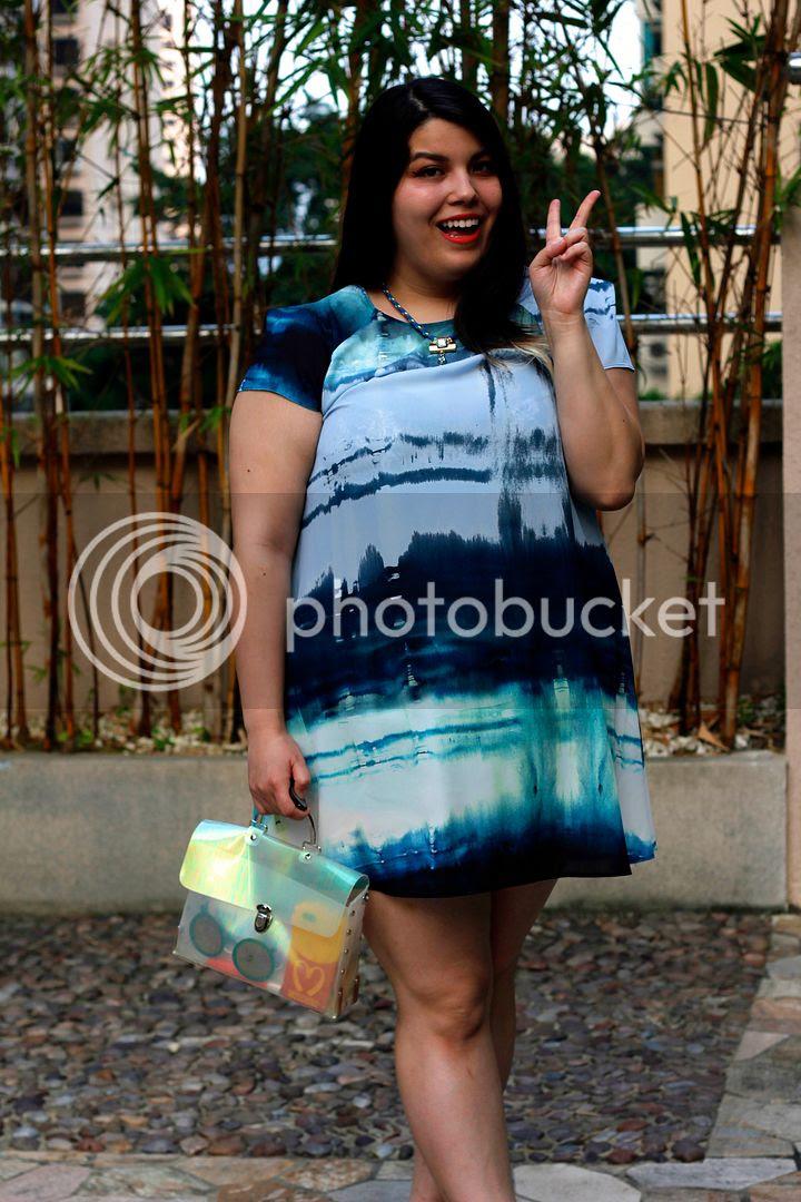 plus size fashion ELVi fashion blogger toronto canada plus size watercolour dress plus size simple silhouette dress