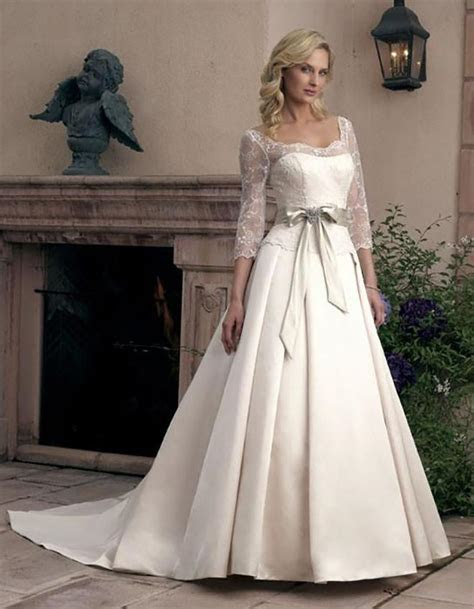 Wedding Dresses With Sleeves [Slideshow]