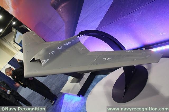 """En el Sea-Air-Space 2014 Exposición, Lockheed Martin uno de sus """"Skunk Works"""" programas: El Transportista no tripulado de vigilancia aérea y lanzado Strike (UCLASS) concepto de vehículo aéreo. Lockheed creó la divisón Skunk Works en 1943 para desarrollar tecnologías de vanguardia y aviones hito."""